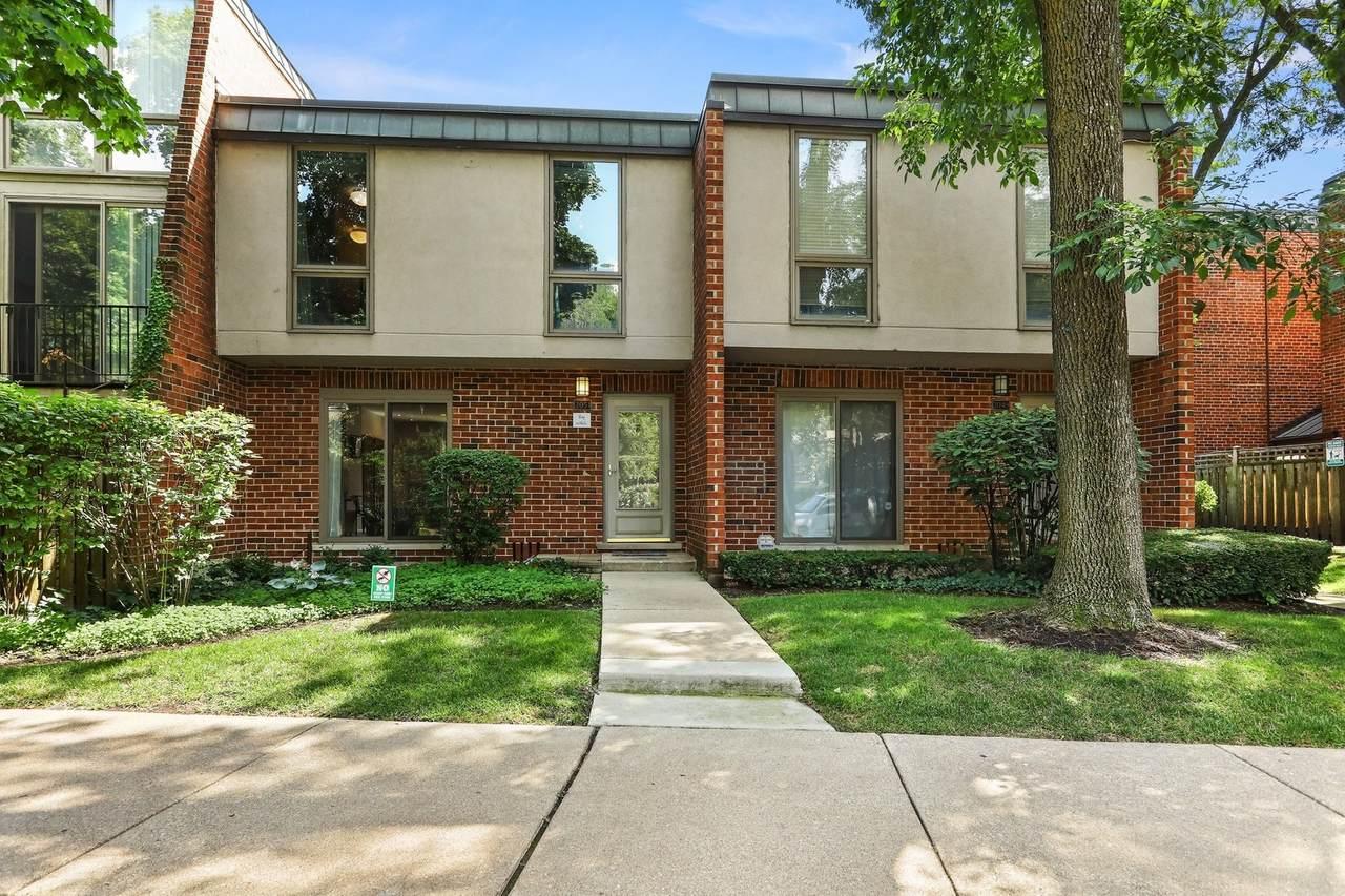 2051 Larrabee Street - Photo 1