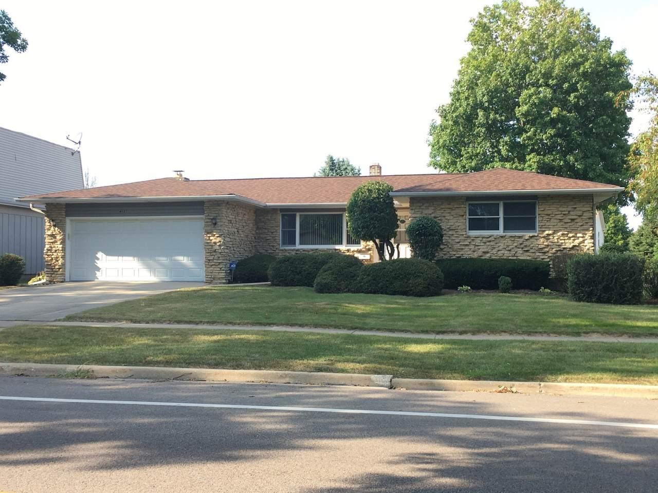 403 Ridge Drive - Photo 1