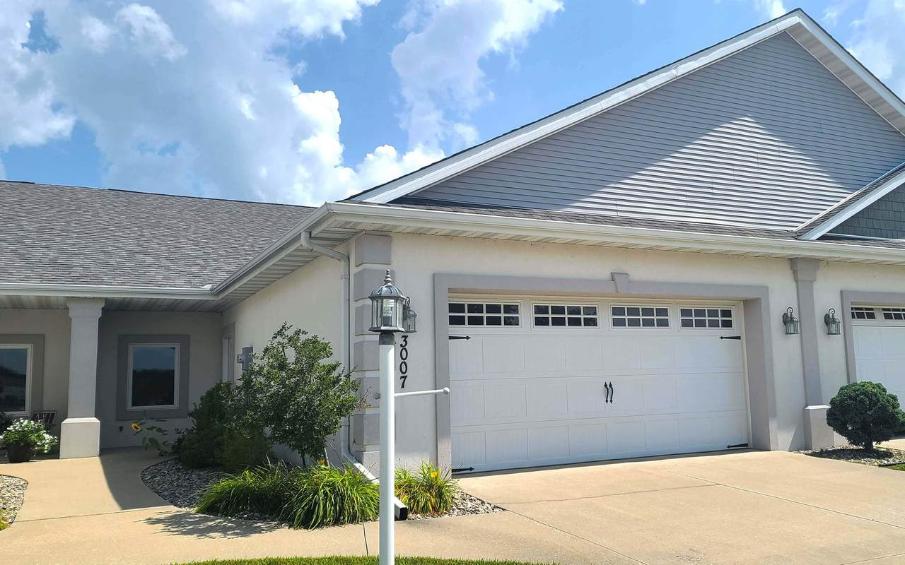3007 Rutherford Drive - Photo 1
