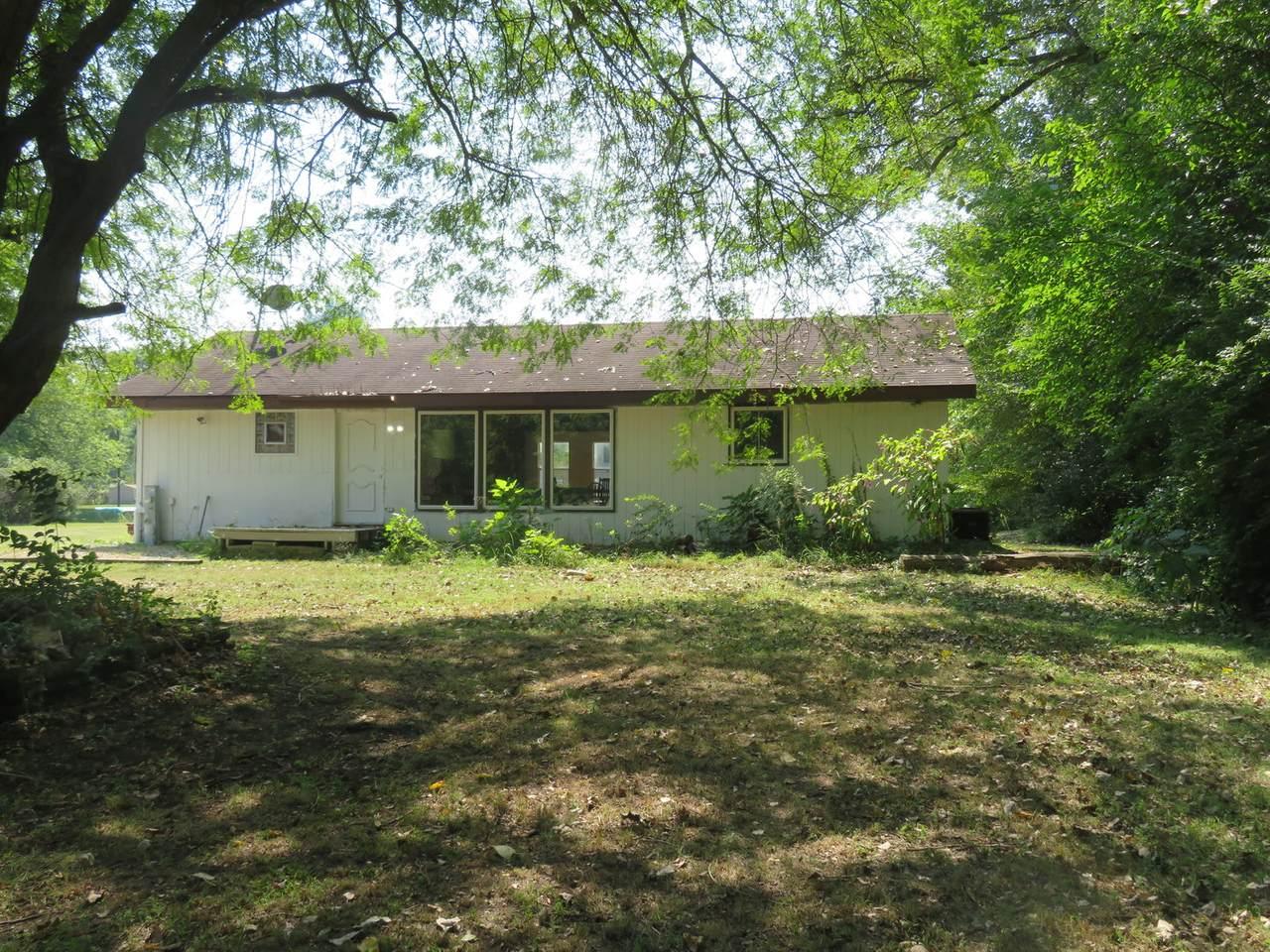 5845 North Prairie Drive - Photo 1