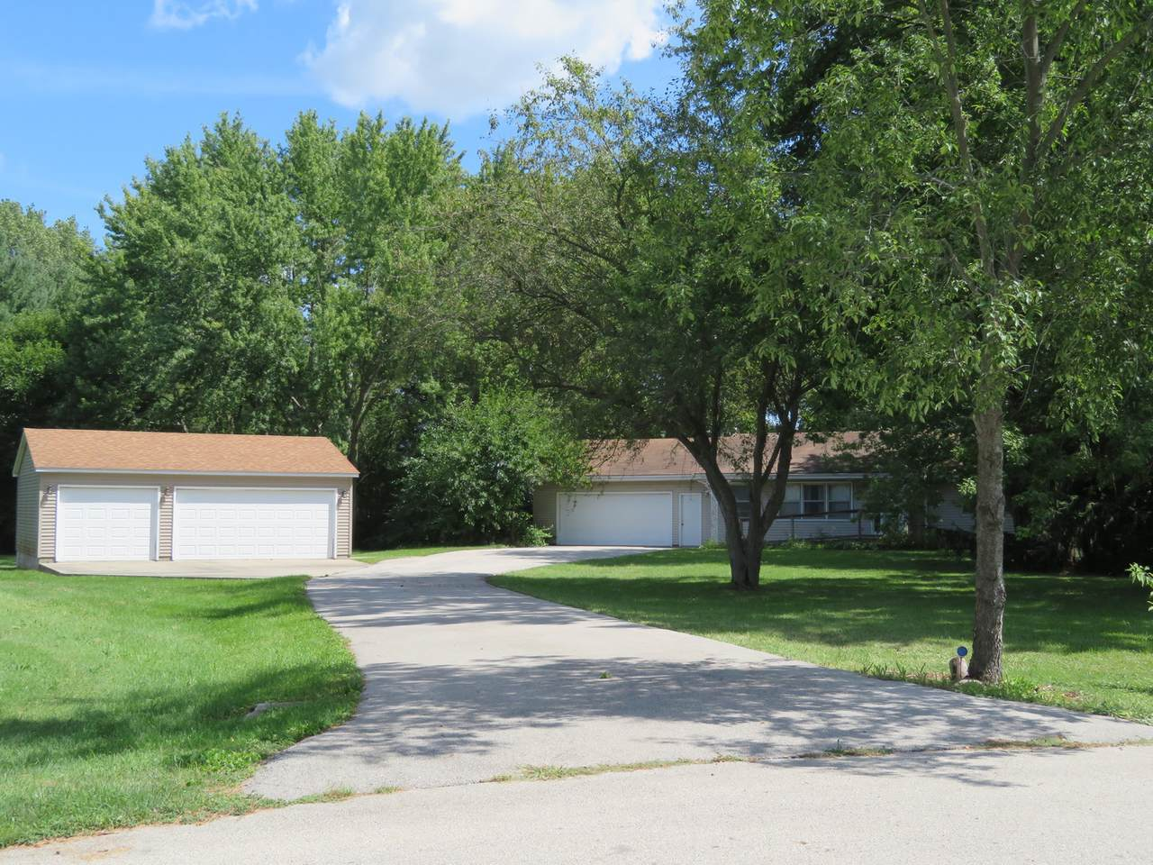 5002 Dudley Road - Photo 1