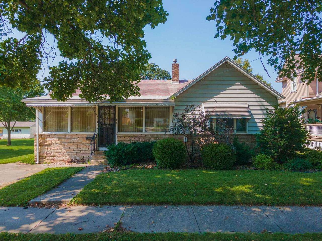 1306 Western Avenue - Photo 1