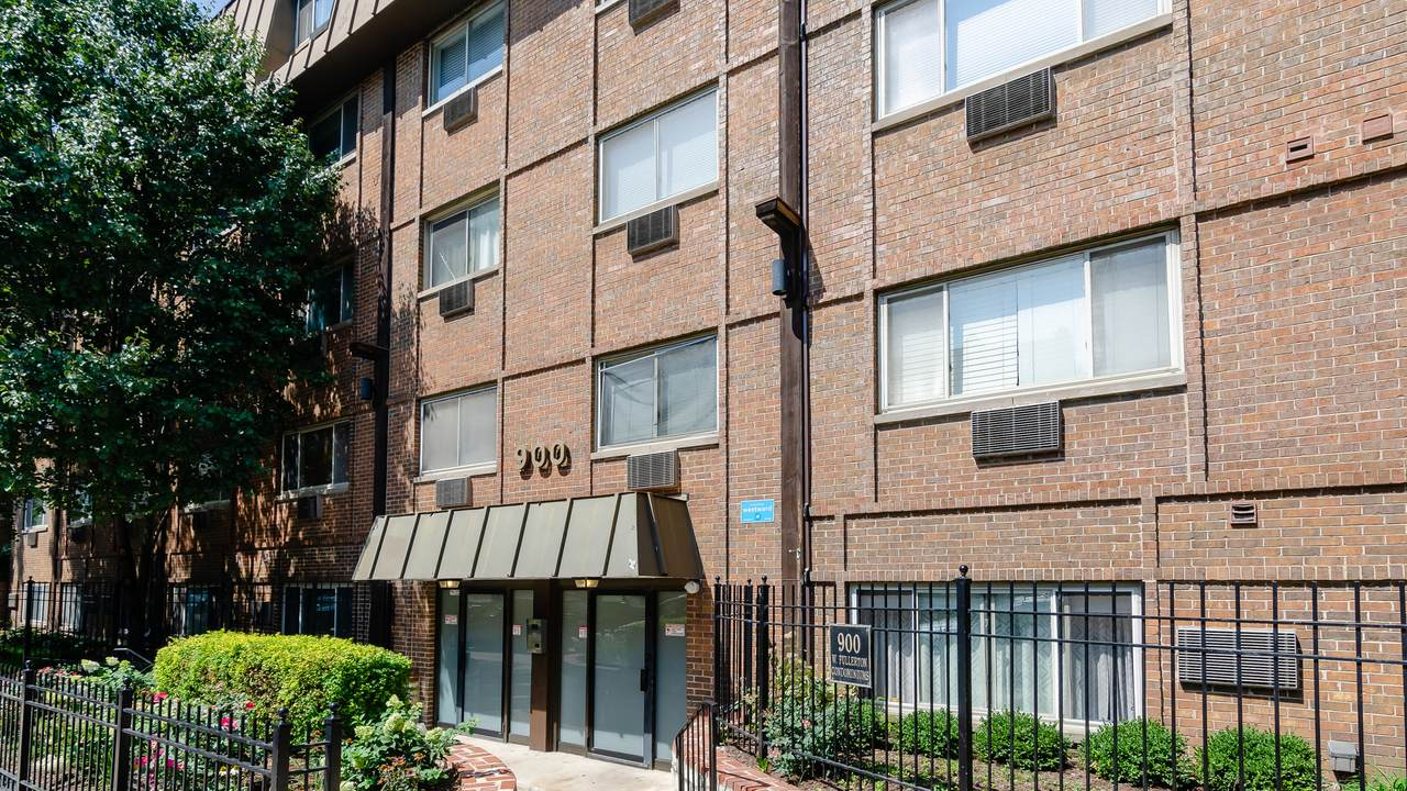 900 Fullerton Avenue - Photo 1