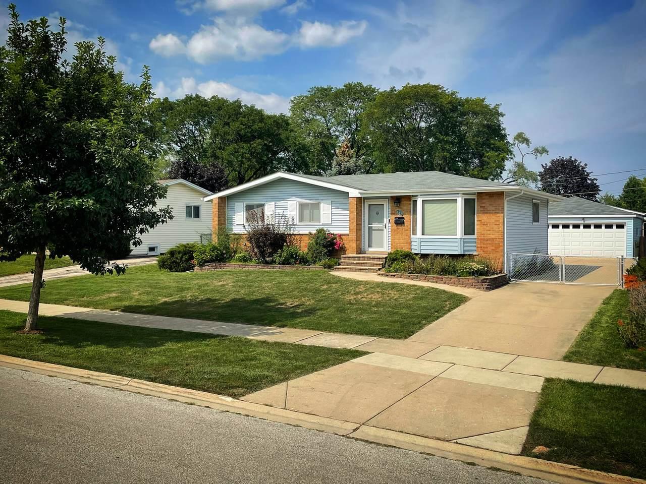 708 Greenwood Drive - Photo 1