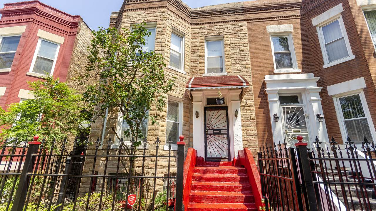 4932 Fulton Street - Photo 1