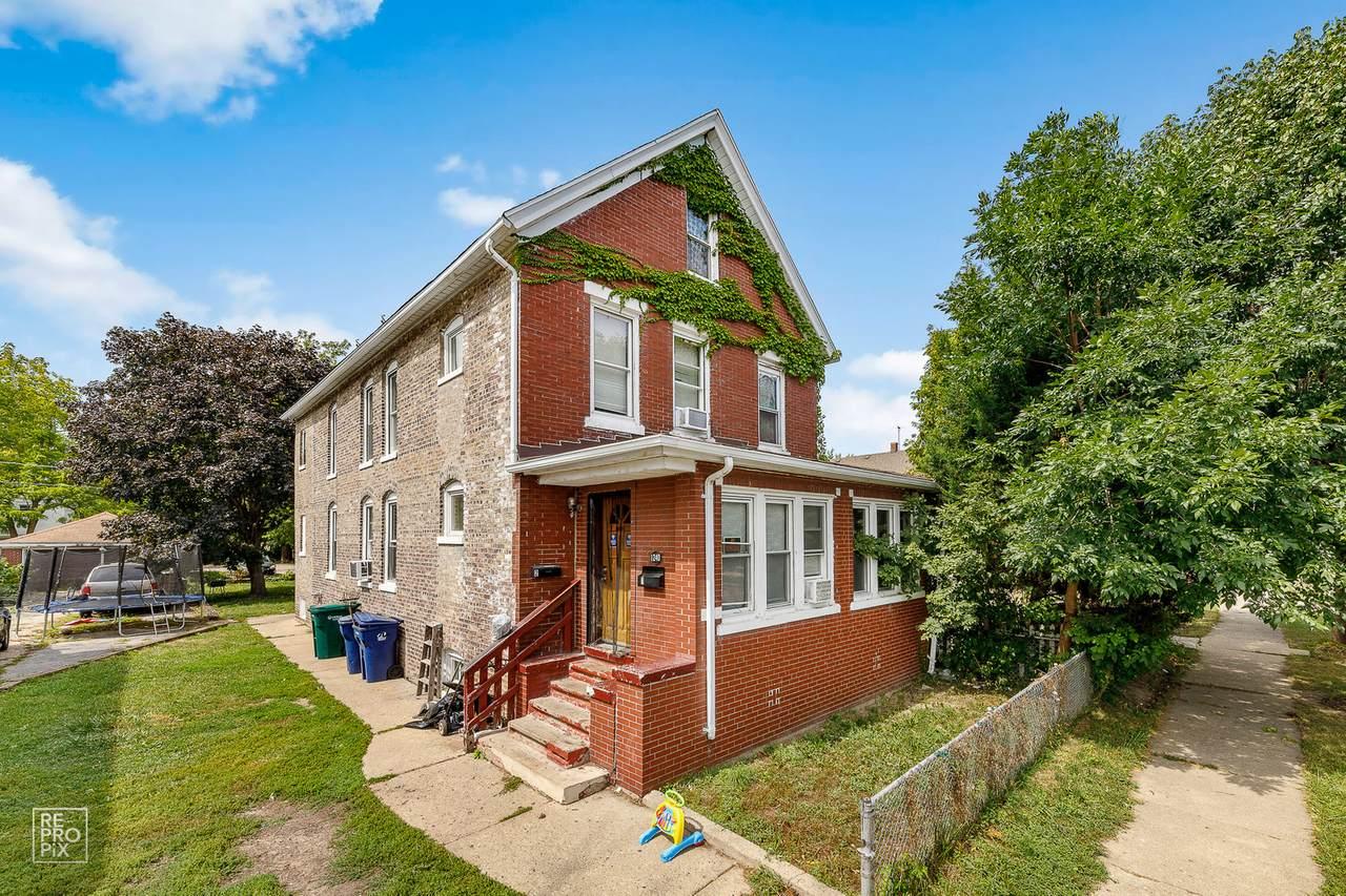 1240 Victoria Avenue - Photo 1