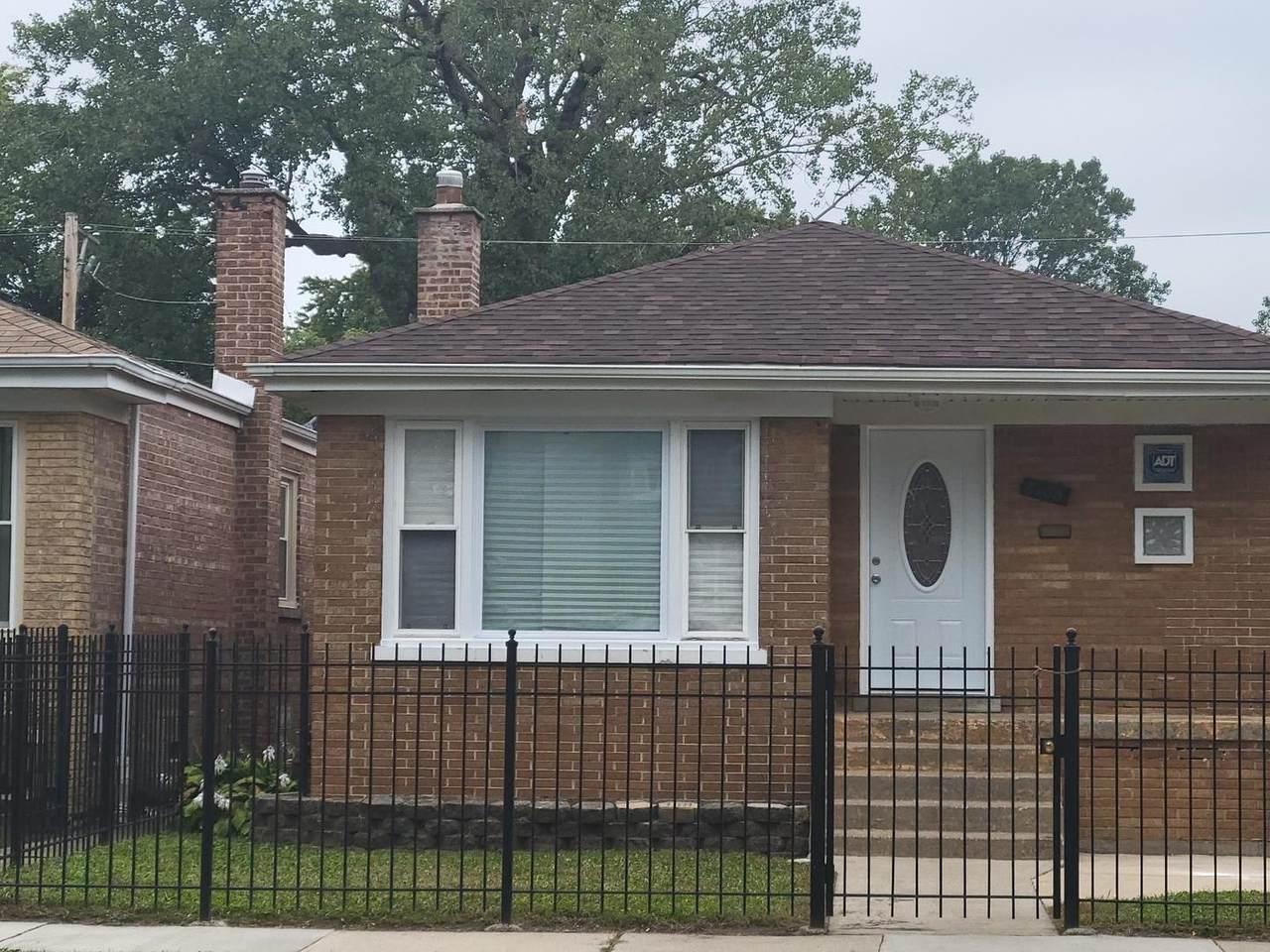 8106 Woodlawn Avenue - Photo 1