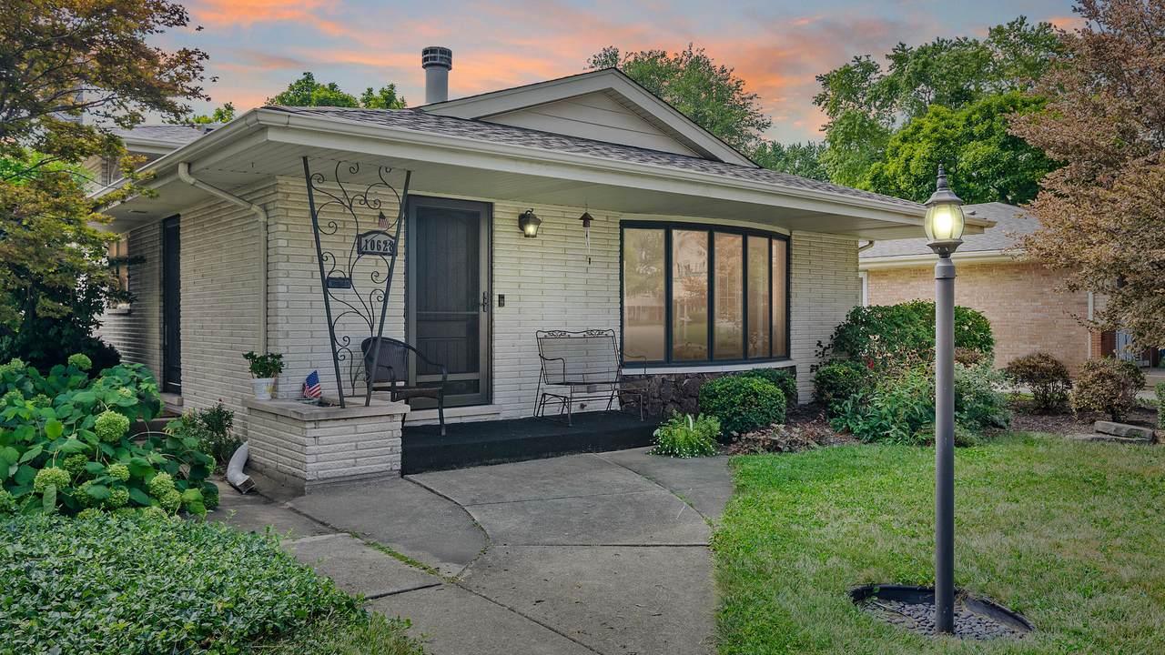 10628 Lockwood Avenue - Photo 1