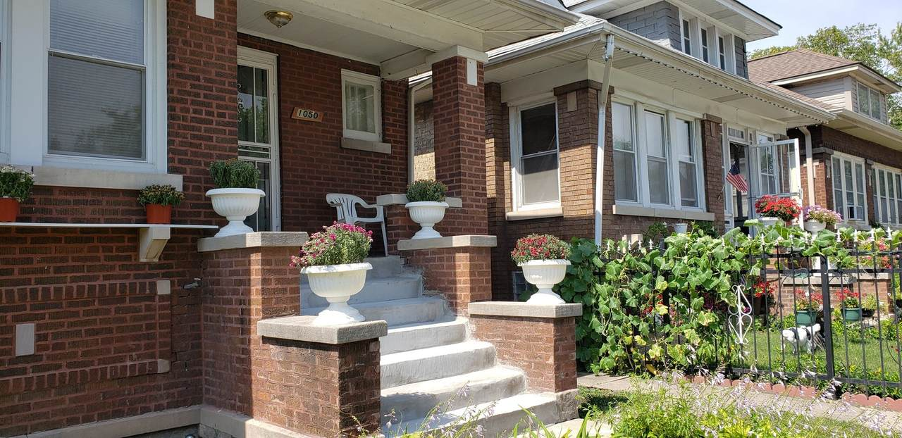 1050 Mayfield Avenue - Photo 1