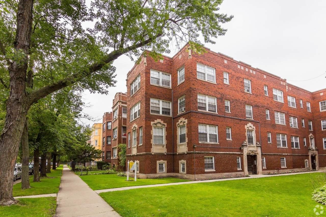 1706 Albion Avenue - Photo 1