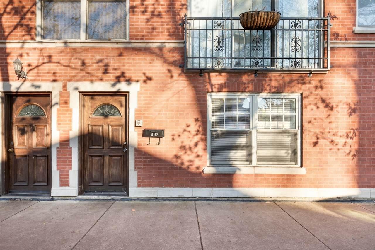 6157 Lakewood Avenue - Photo 1