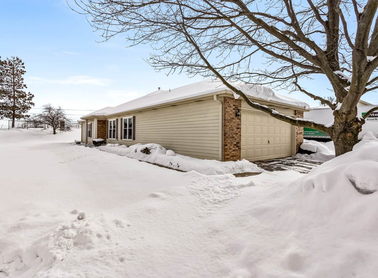 20829 Peppertree Court - Photo 1