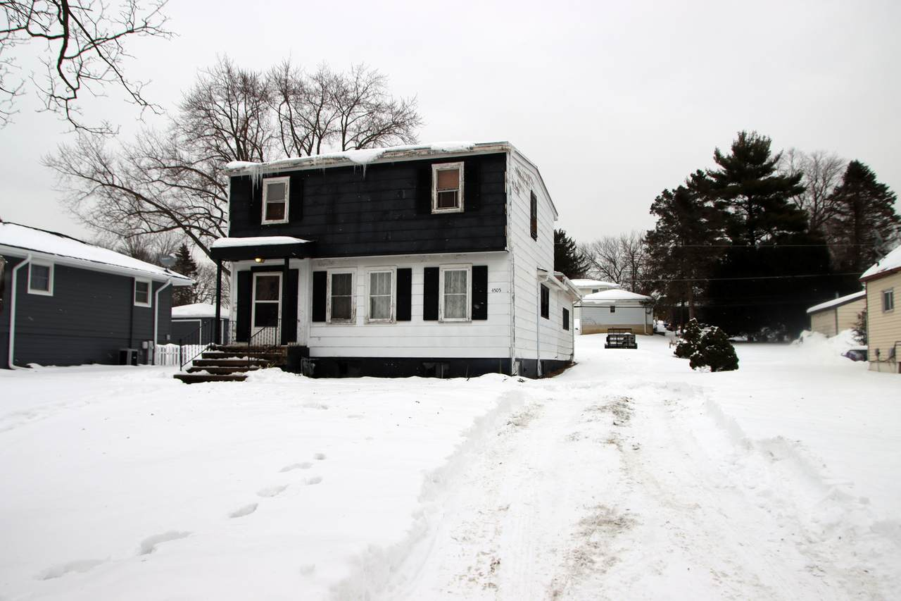 4505 Kingston Avenue - Photo 1