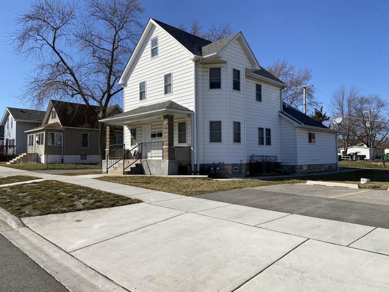 209 Smith Avenue - Photo 1