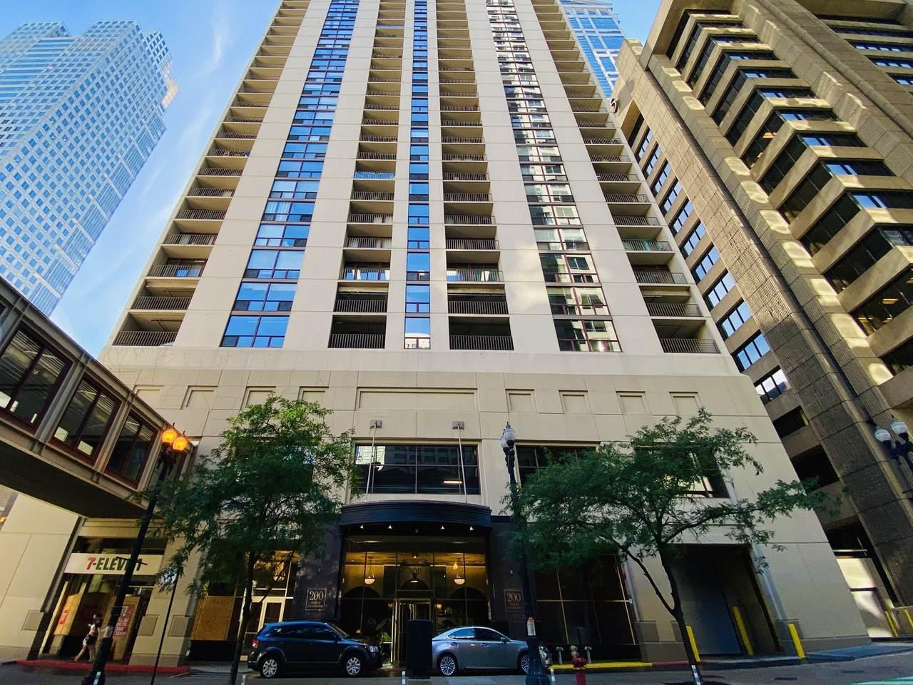 200 Dearborn Street - Photo 1