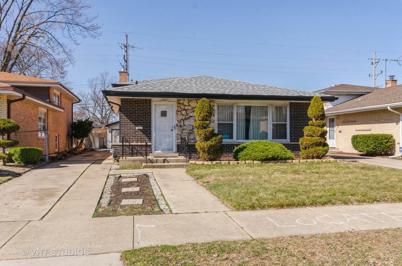 14514 Kimbark Avenue - Photo 1