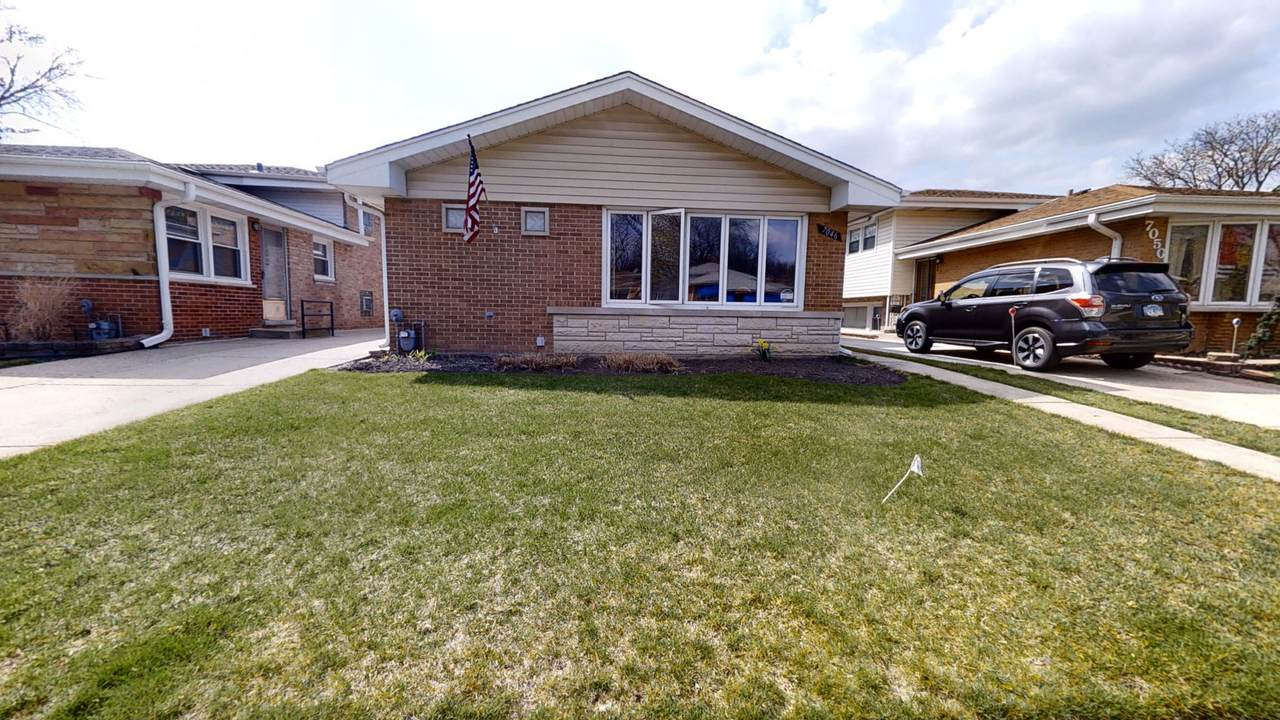 7046 Ottawa Avenue - Photo 1