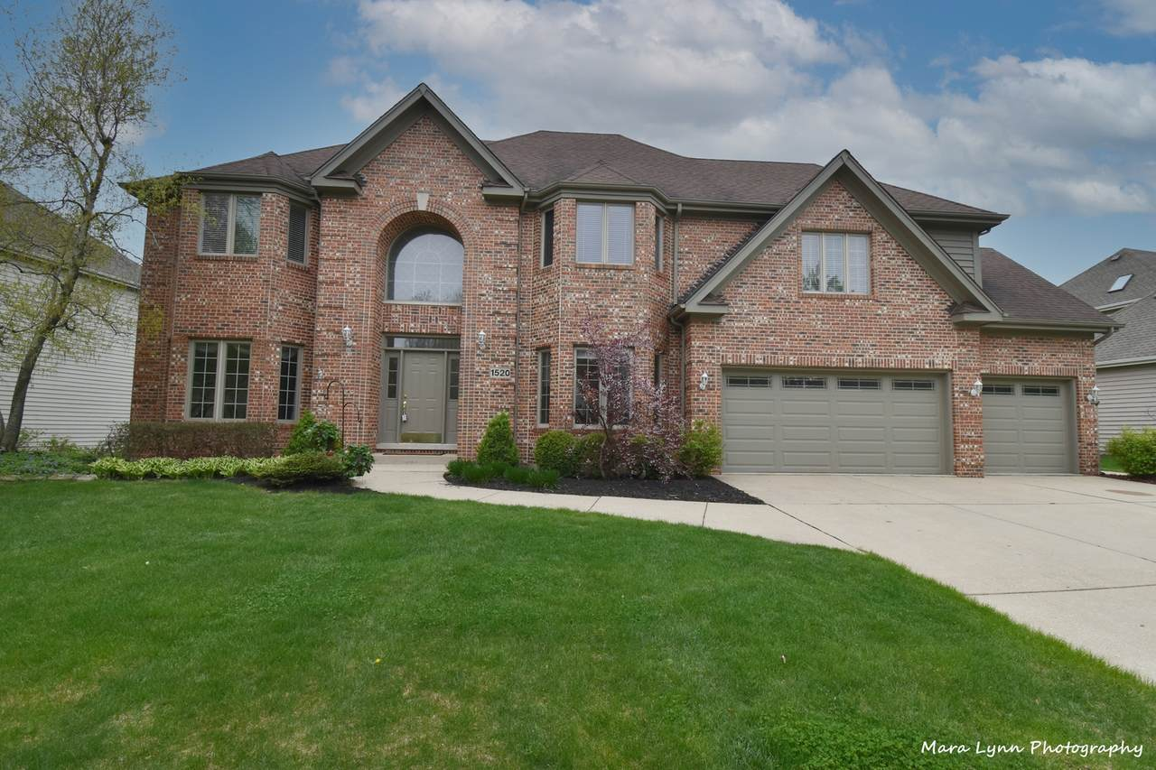 1520 Turnberry Court - Photo 1