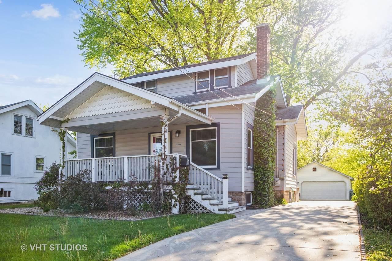 554 Highland Avenue - Photo 1