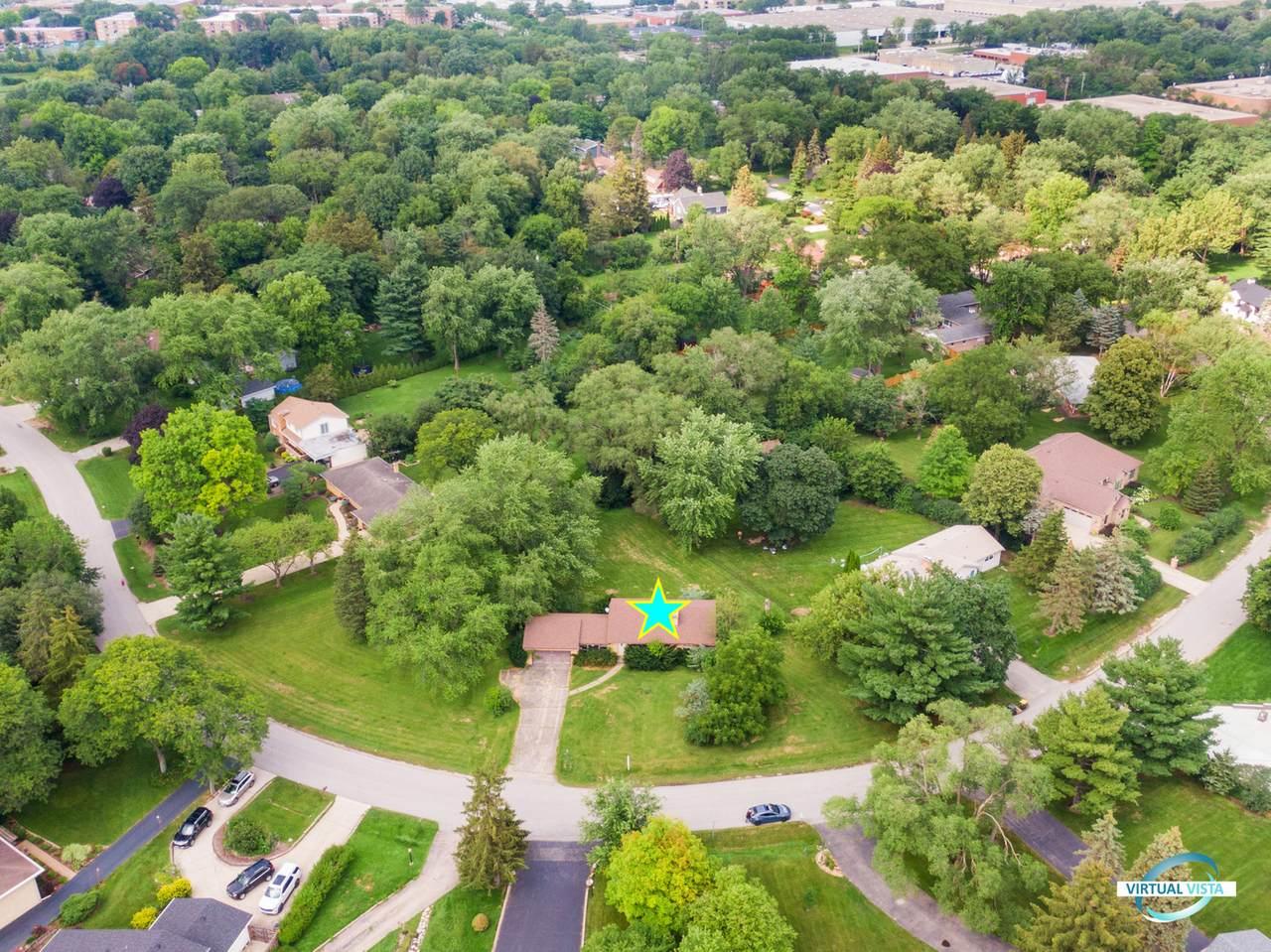 21w520 Eagle Terrace Drive - Photo 1