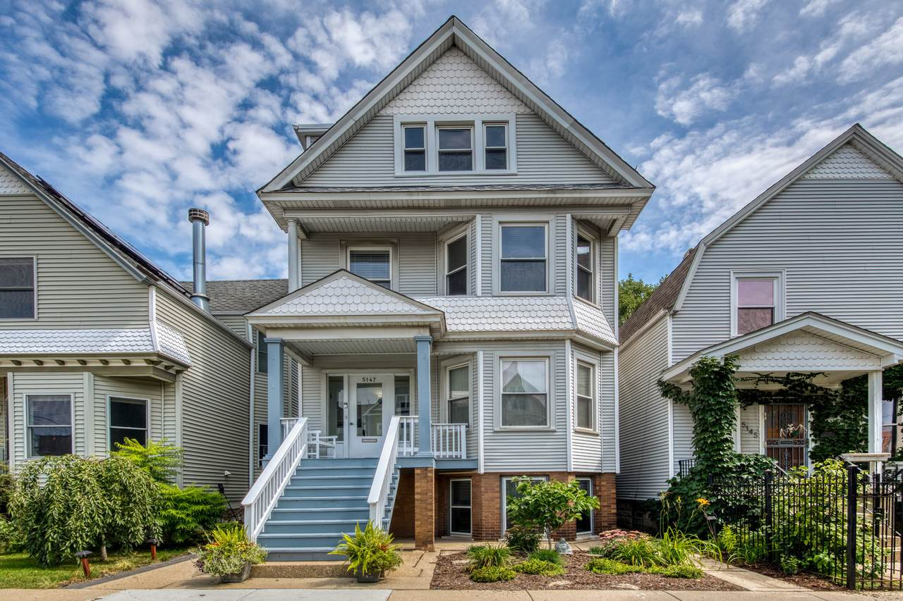 5147 Claremont Avenue - Photo 1