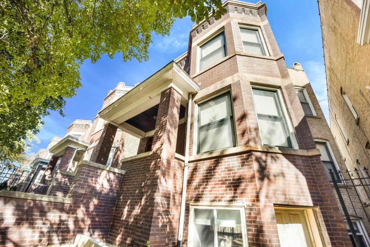 2313 Harding Avenue - Photo 1