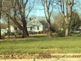301 Grove Avenue - Photo 2