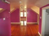 3911 Clarence Avenue - Photo 10