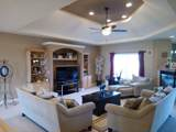 16065 Red Cloud Drive - Photo 11