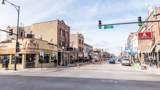 1736 Winona Street - Photo 7