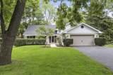 905 Oakwood Terrace - Photo 1