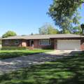 806 Valley View Drive - Photo 1