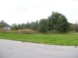1366 Lakeside Lane - Photo 3