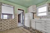 9554 Woodlawn Avenue - Photo 12