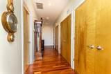 3946 Ravenswood Avenue - Photo 10
