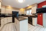 3401 Sherwood Forest Drive - Photo 4