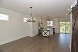 3S291 Rockwell Street - Photo 14