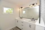3S291 Rockwell Street - Photo 25