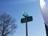 14755 Fox Hollow Lane - Photo 4