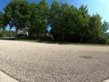 1042 Chateau Bluff Lane - Photo 2