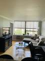 1360 Sandburg Terrace - Photo 3