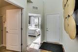 160 Roslyn Place - Photo 2