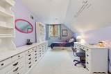9135 Dralle Road - Photo 14