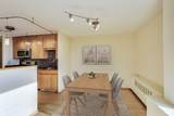 1460 Sandburg Terrace - Photo 8