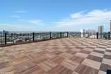1360 Sandburg Terrace - Photo 9
