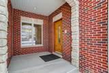 389 Oak Street - Photo 3