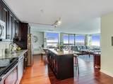 1360 Sandburg Terrace - Photo 12