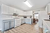 8332 Highpoint Road - Photo 18