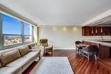 1255 Sandburg Terrace - Photo 10