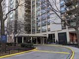 1255 Sandburg Terrace - Photo 2